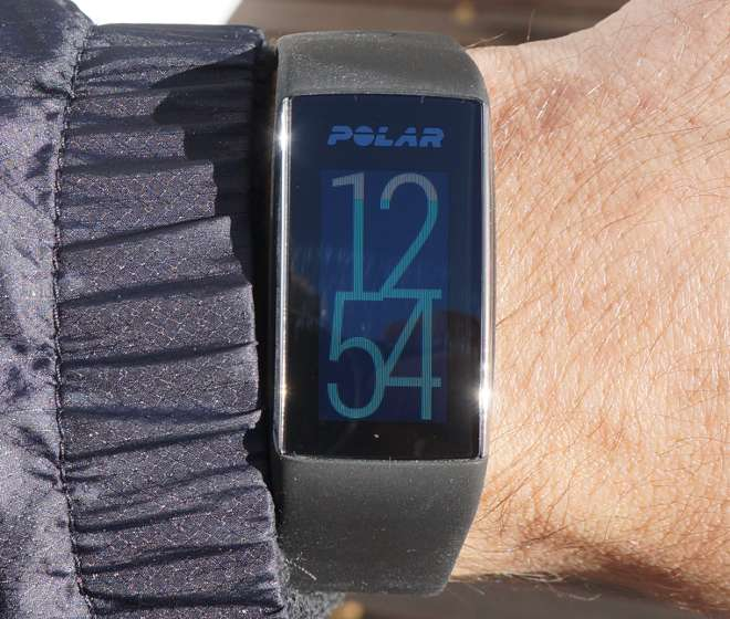 Polar A360 - visible color display by direct sunlight