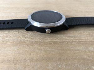 Garmin Vivoactive 3: 1 button + touch display