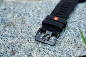 Polar Grit X: corrugated bracelet