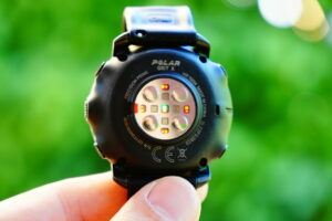 Polar Grit X: sensors for heart rate measurement